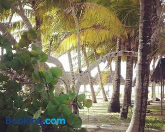 Hotel San Felipe de Jesus Yucatan - Río Lagartos - Outdoors view