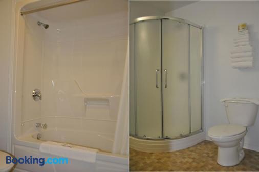 綠山牆汽車旅館 - 加蒂諾 - 加蒂諾 - 浴室