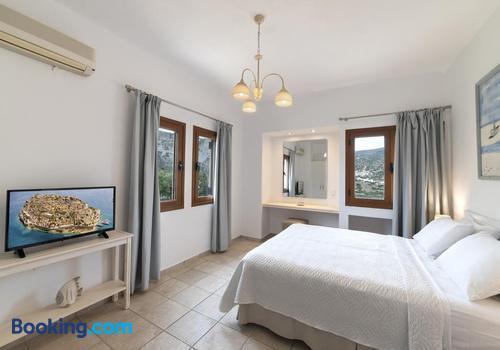 Hotels A Agios Nikolaos A Partir De 25 Nuit Kayak