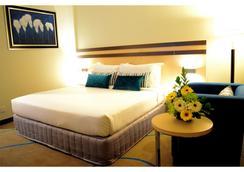 Premiere Hotel - Klang - Makuuhuone