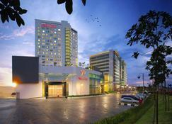 Premiere Hotel - Klang - Building