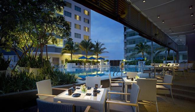 Premiere Hotel - Klang - Baari