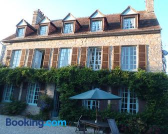 Chambres d'Hôtes Belle Vallee - Domfront-en-Poiraie - Gebouw