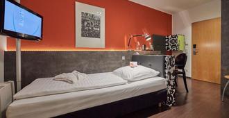Hotel Amadeus - Hannover - Bedroom