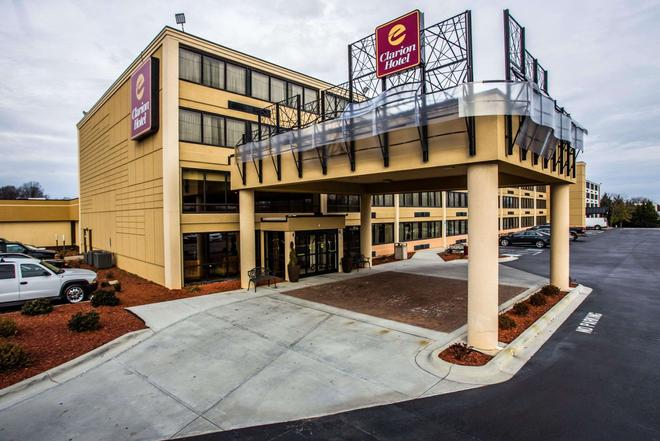 Clarion Hotel Airport & Conference Center - Charlotte - Building