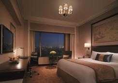 Shangri-La Hotel, Wuhan - Γουχάν - Κρεβατοκάμαρα