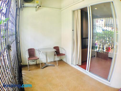 Sabye Bangkok Hotel - Bangkok - Balcony