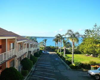 Twofold Bay Motor Inn - Eden - Outdoors view
