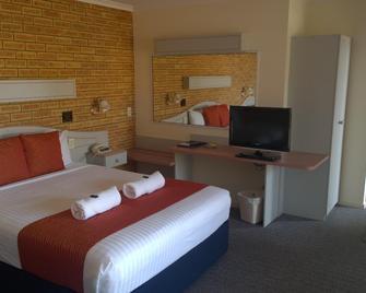 Twofold Bay Motor Inn - Eden - Bedroom