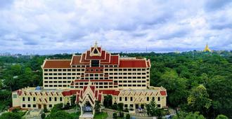 Rose Garden Hotel - Rangoon - Edificio