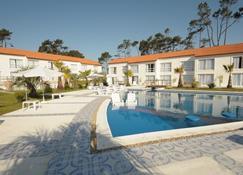 Punta Del Este Arenas Hotel & Resort - Punta del Este - Piscina