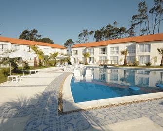 Punta Del Este Arenas Hotel & Resort - Punta del Este - Pool