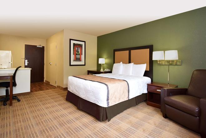 Extended Stay America Atlanta - Alpharetta - Rock Mill Road - Alpharetta - Bedroom
