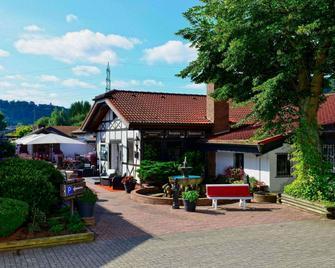 Hotel Restaurant Rosenhof - Ramstein-Miesenbach - Gebäude