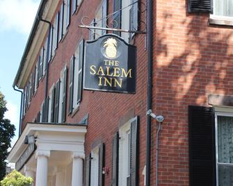 The Salem Inn - Salem - Building