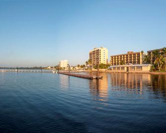 Best Western Fort Myers Waterfront - North Fort Myers - Außenansicht