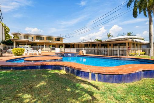 Econo Lodge Park Lane - Bundaberg - Pool