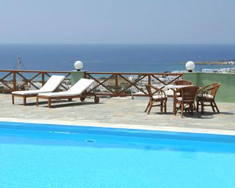 Carlo Bungalows - Agios Ioannis - Pool