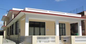 La Casa de los Cuervo - Havana - Building