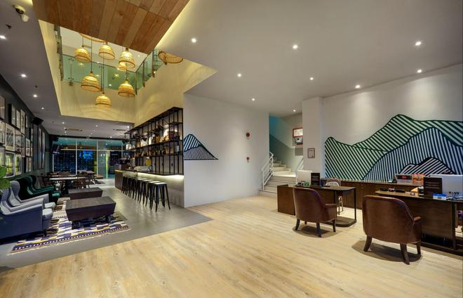 Tune Hotel - 1Borneo Kota Kinabalu - Kota Kinabalu - Bar
