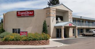 Travelstar Inn & Suites - Colorado Springs - Gebäude