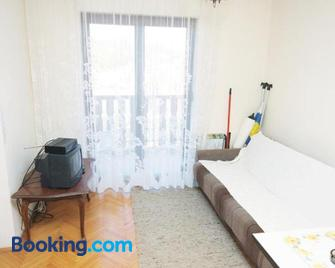 Apartments and rooms by the sea Tisno, Murter - 5128 - Tisno - Living room