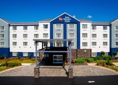 Best Western Plus Nashville Airport Hotel - Nashville - Building