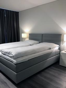 Hotel de l'Ecluse - Neuchâtel - Bedroom