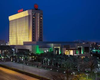 Sheraton Dammam Hotel & Convention Centre - Dammam - Edificio