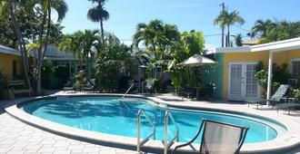 Alexander Palms Court - Key West - Pool