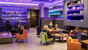 Grand Hotel Reykjavik - Reykjavik - Bedroom