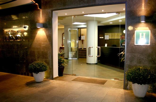 Hotel Avenida - Tossa de Mar - Ρεσεψιόν