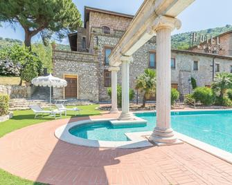 Hotel Torre Sant Angelo - Tivoli - Pool