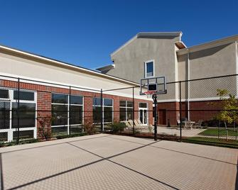 Holiday Inn Express Hotel & Suites Cleburne - Cleburne - Building