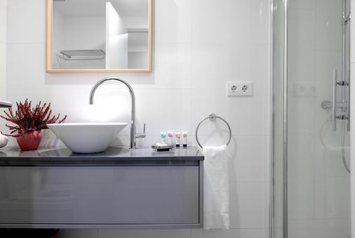 Aspasios Atocha Apartments - Madrid - Kylpyhuone
