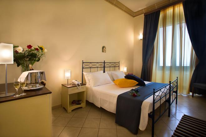 Al Pescatore Hotel & Restaurant - Gallipoli - Bedroom