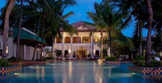 Taj Malabar Resort & Spa, Cochin - Kochi - Pool