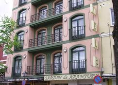 Hotel Jardin de Aranjuez - Aranjuez - Building
