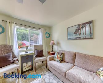 Clear Lake Condo - Reedsport - Sala de estar