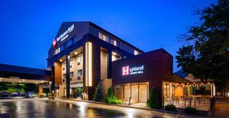 Best Western PLUS InnTowner Madison - Madison - Building
