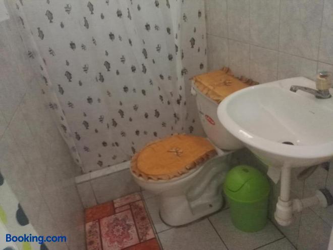 Sarisa House - Iquitos - Bathroom