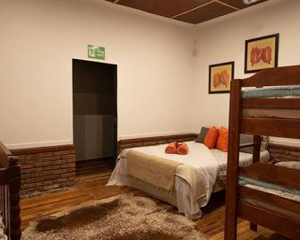 Maros Self Catering Guesthouse - Mariental - Bedroom