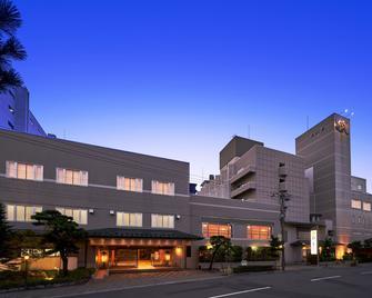 โรงแรมฮะนะบิชิ - ฮะโกะดะเตะ - ฮาโกดาเตะ - อาคาร