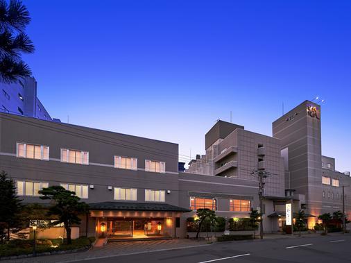 Hanabishi Hotel - Hakodate - Toà nhà