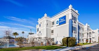 Best Western Capital City Inn - סקרמנטו - בניין