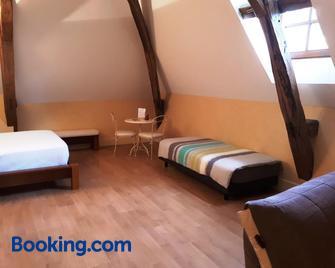 Domaine De Chantemerle - Moncoutant - Bedroom