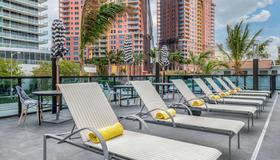 Cambria Hotel Fort Lauderdale Beach - Fort Lauderdale - Pool