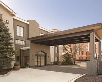 Country Inn & Suites by Radisson, Hoffman Estates - Hoffman Estates - Building