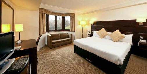 Mercure Edinburgh City Princes Street Hotel - Edinburgh - Bedroom