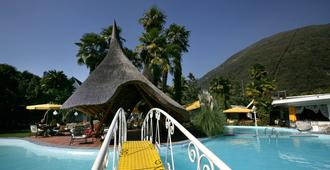 Albergo Losone - Ascona - Bể bơi